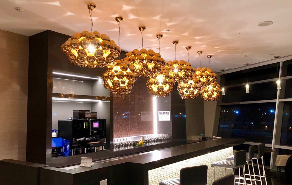 beads-at-aa-admiral-club-lounge-jfk-airport-2-980x620